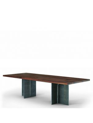 Gualtiero Table